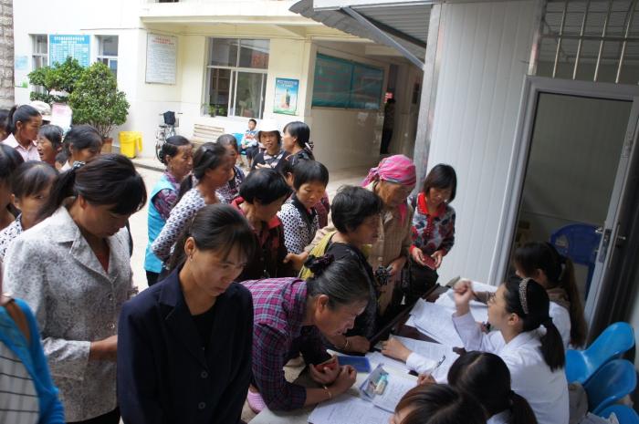 弥勒市妇幼保健院开展妇女疾病筛查活动